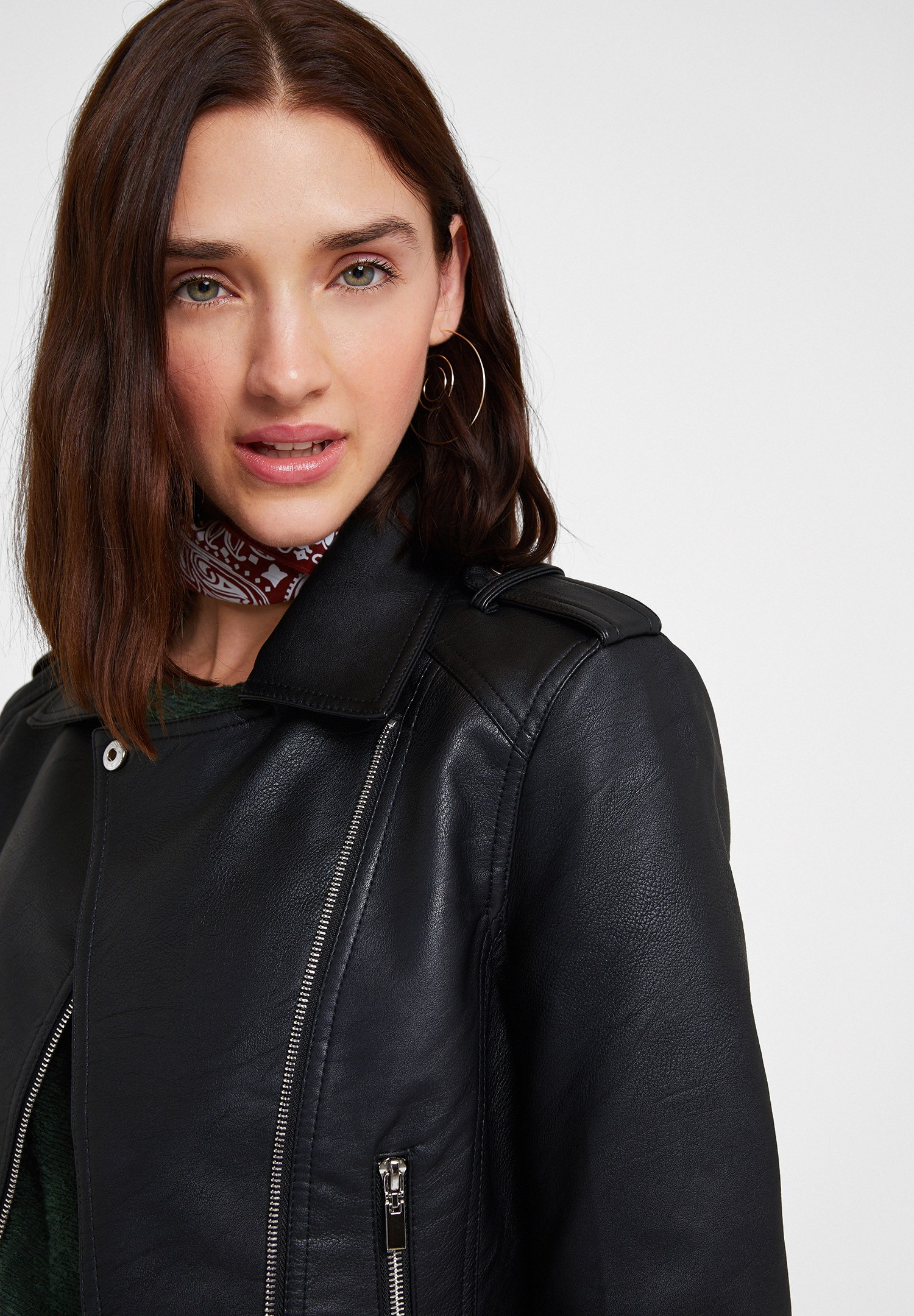 Women Black Leather Biker Jacket with Zipper Detail