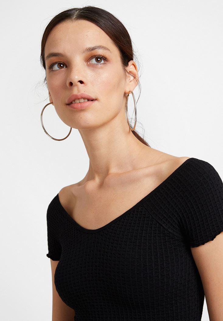 Black Elasticated Crop Blouse