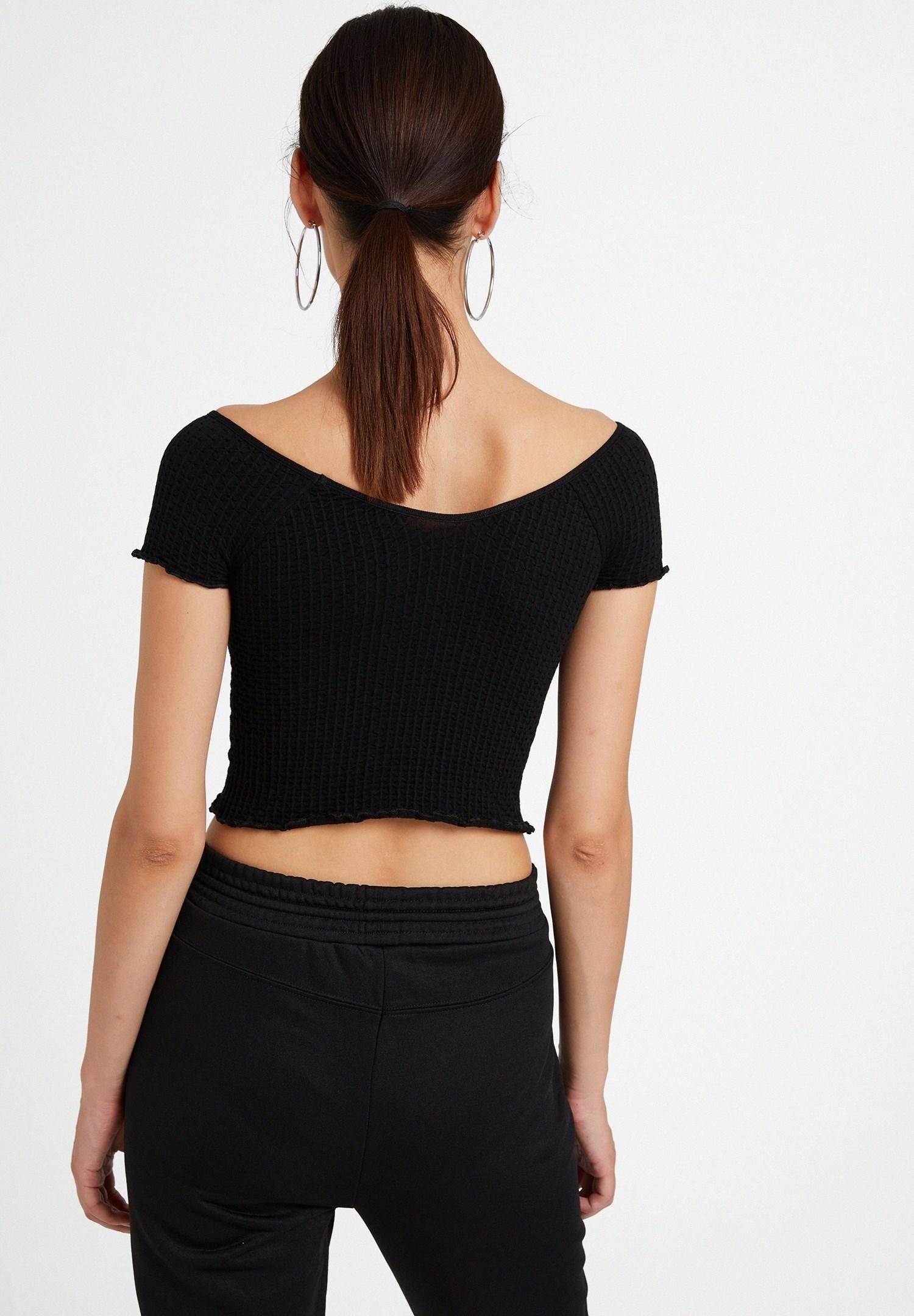 Bayan Siyah Lastikli Crop Bluz