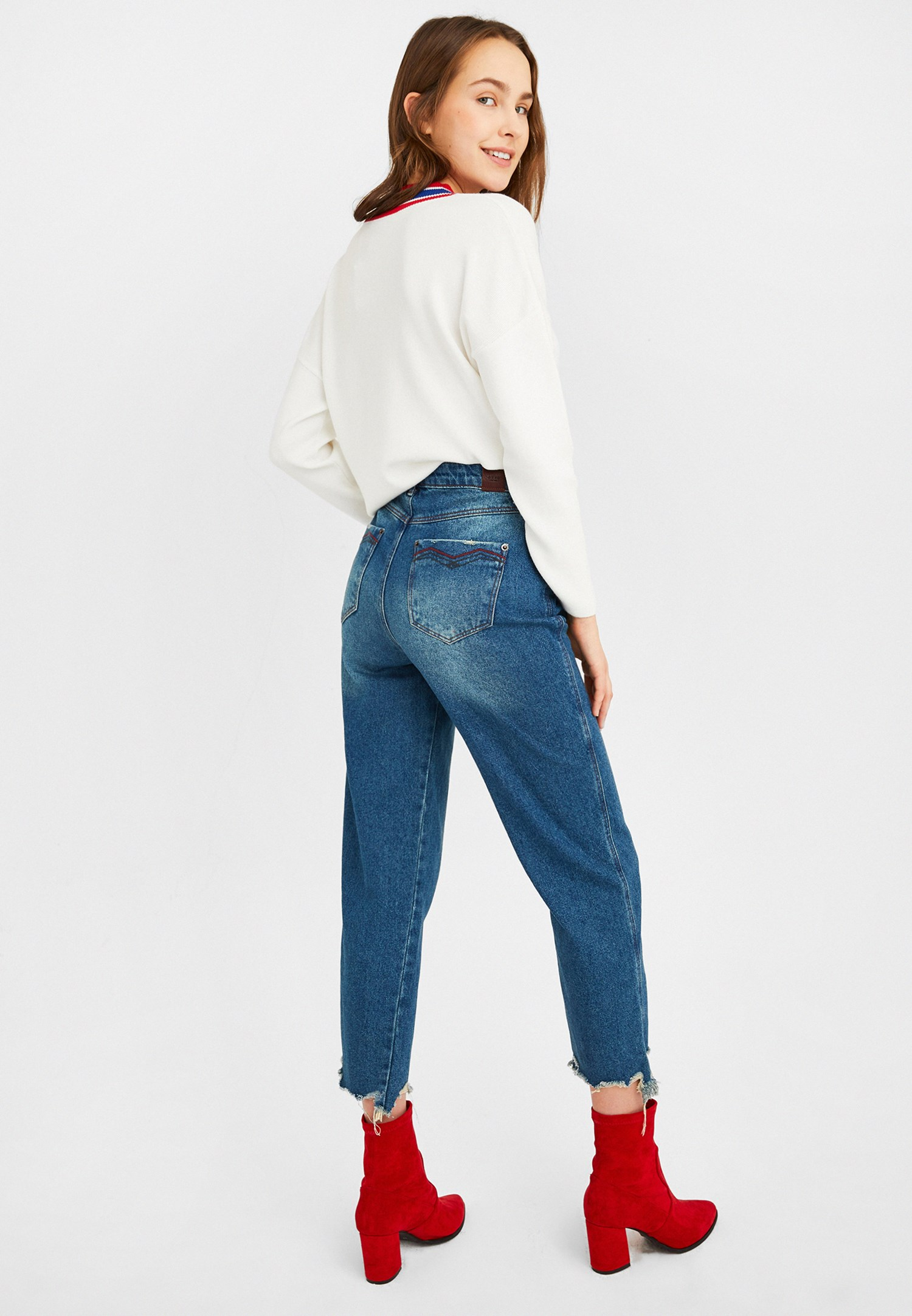 Women Blue High Rise Mom Jeans