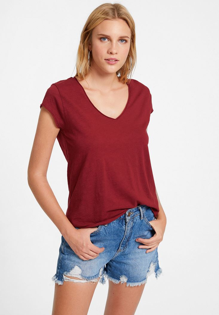 Bordeaux Basic T-shirt with V Neck