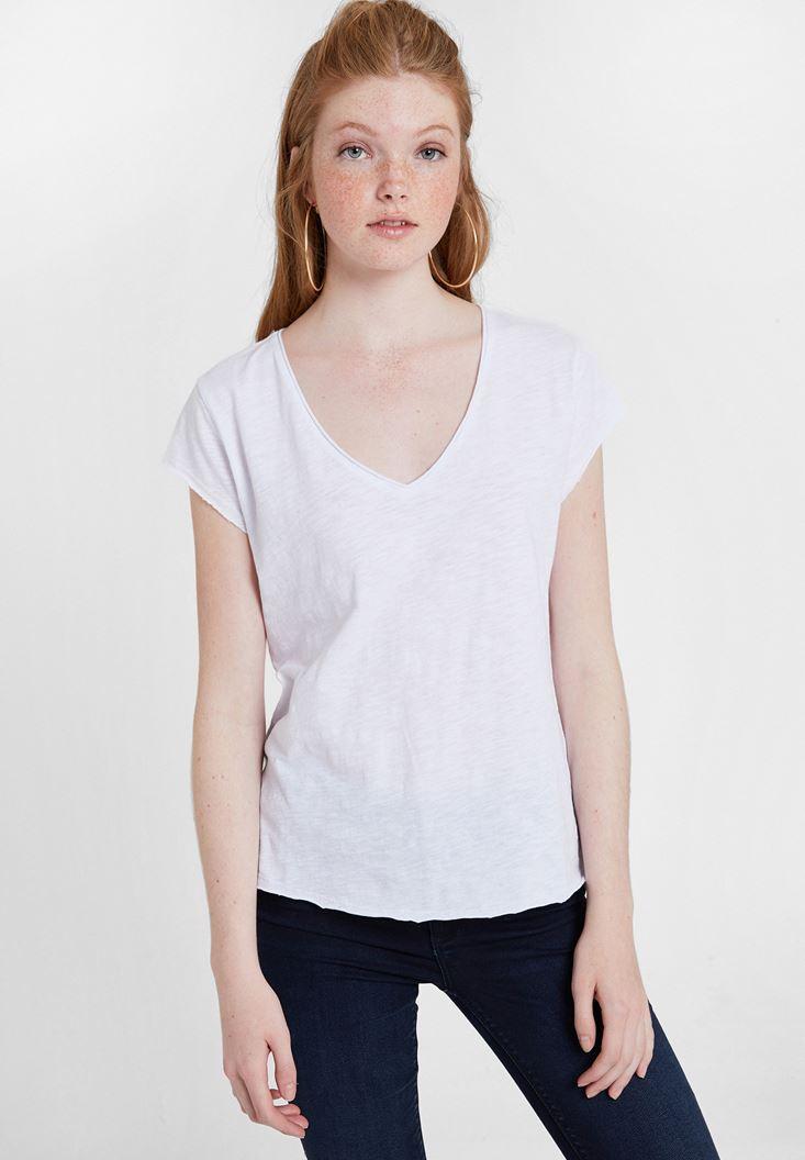 Beyaz Basic V Yaka Kısa Kollu Tişört