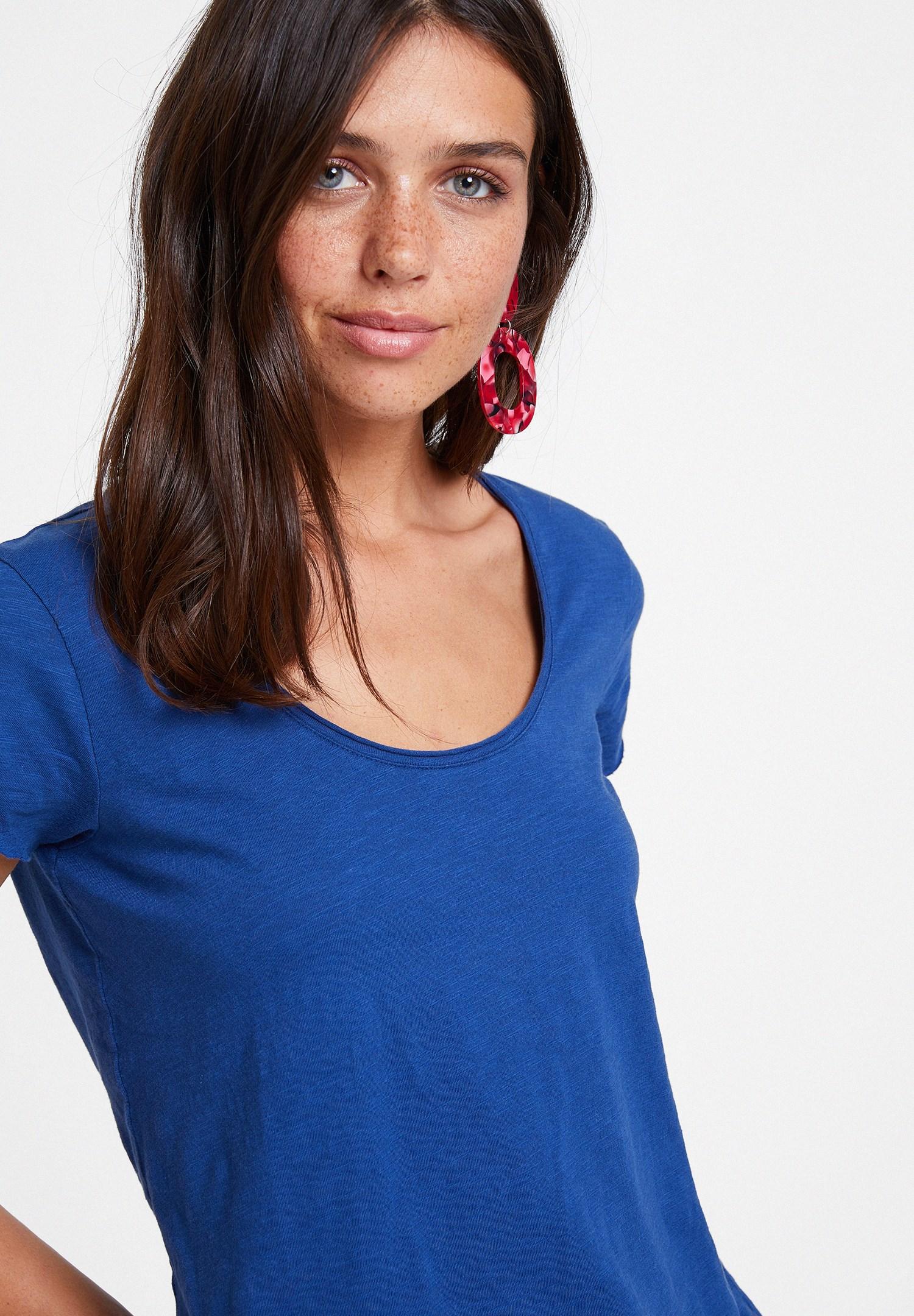 Bayan Lacivert U Yaka Detaylı Basic Tişört