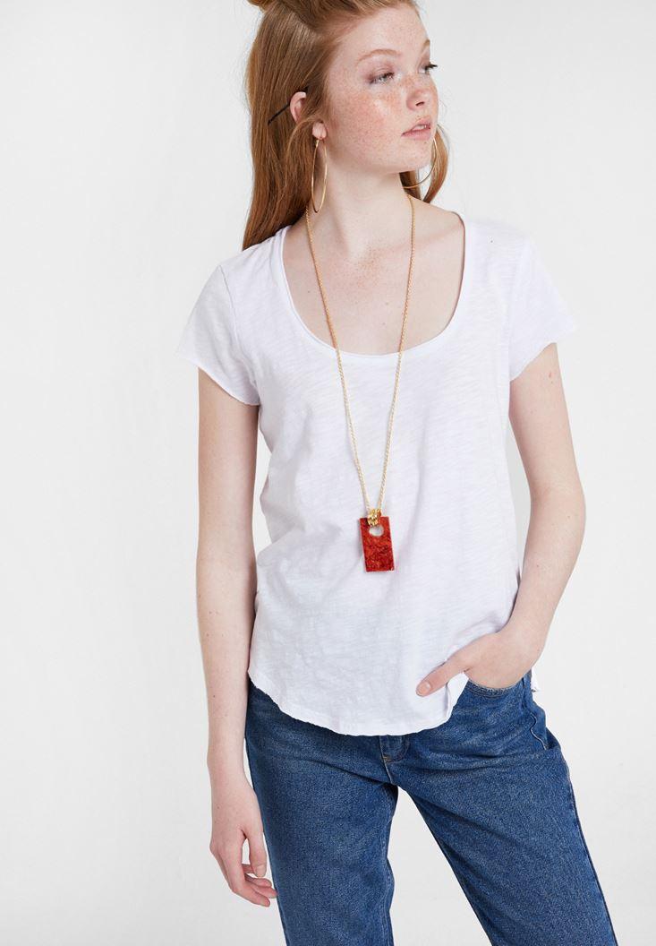 Beyaz U Yaka Detaylı Basic Tişört