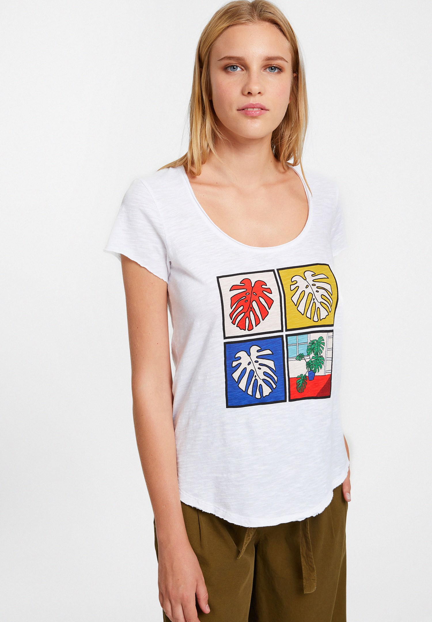 Bayan Beyaz Baskılı Basic Tişört