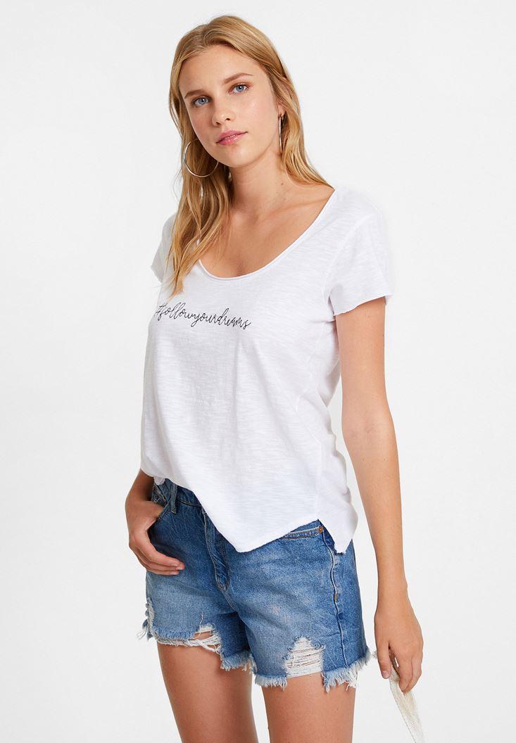 Beyaz Slogan İşleme Tişört