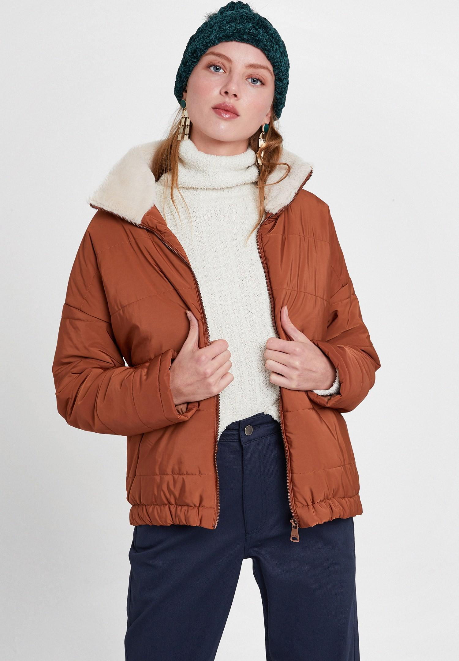 Women Brown Puffer Jacket with Faux Fur Details