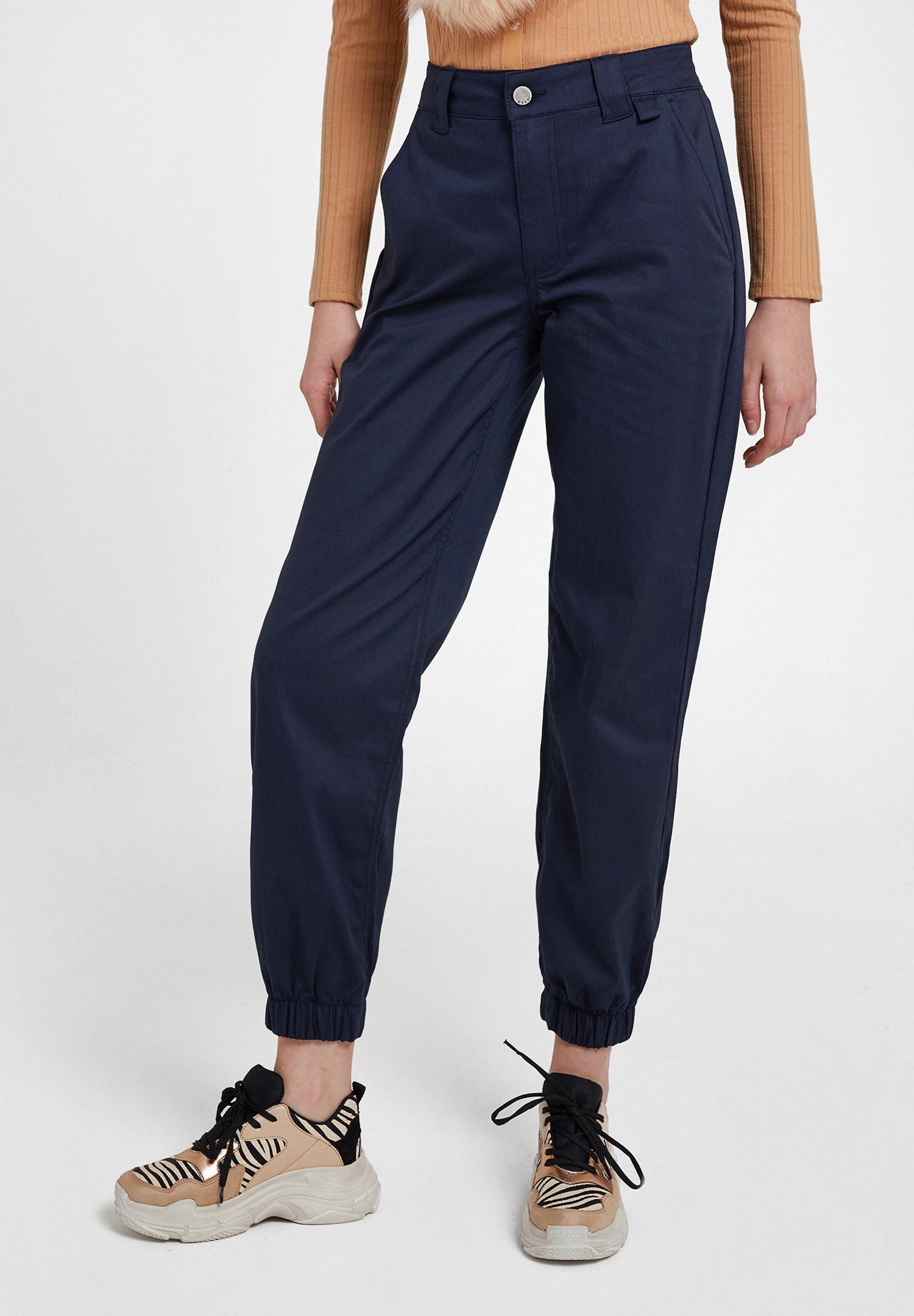 Bayan Lacivert Paça Detaylı Cepli Bol Pantolon