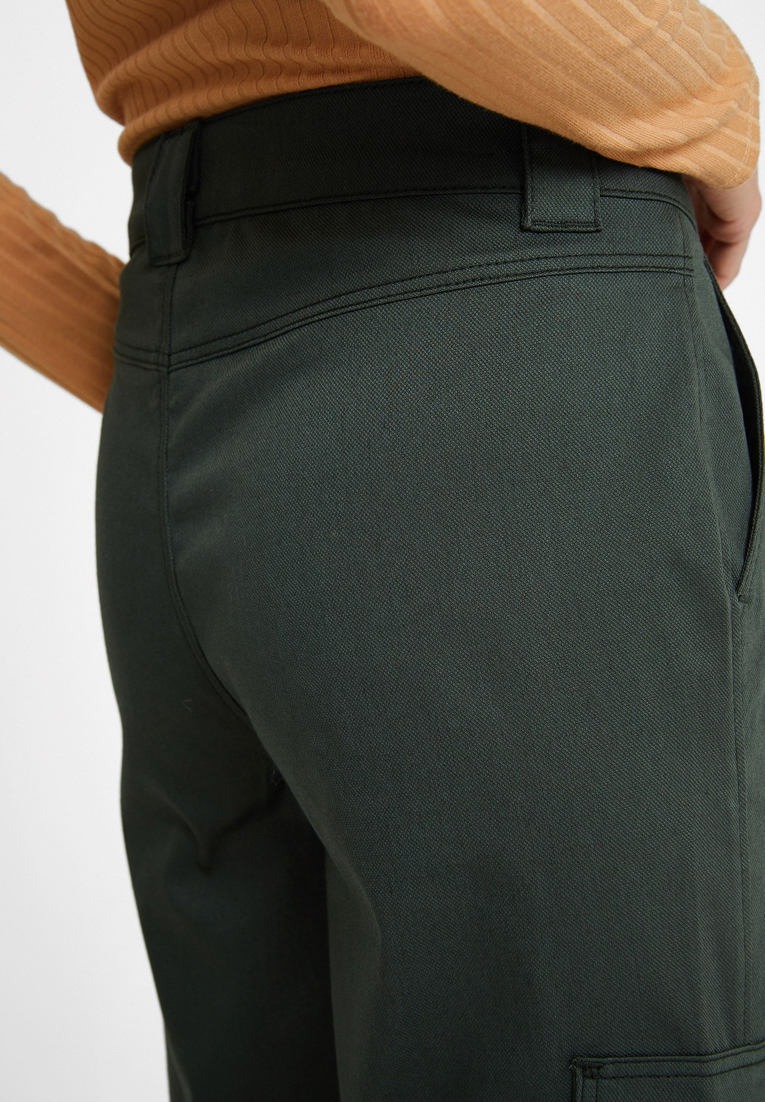 Women Green Trousers with Pockets