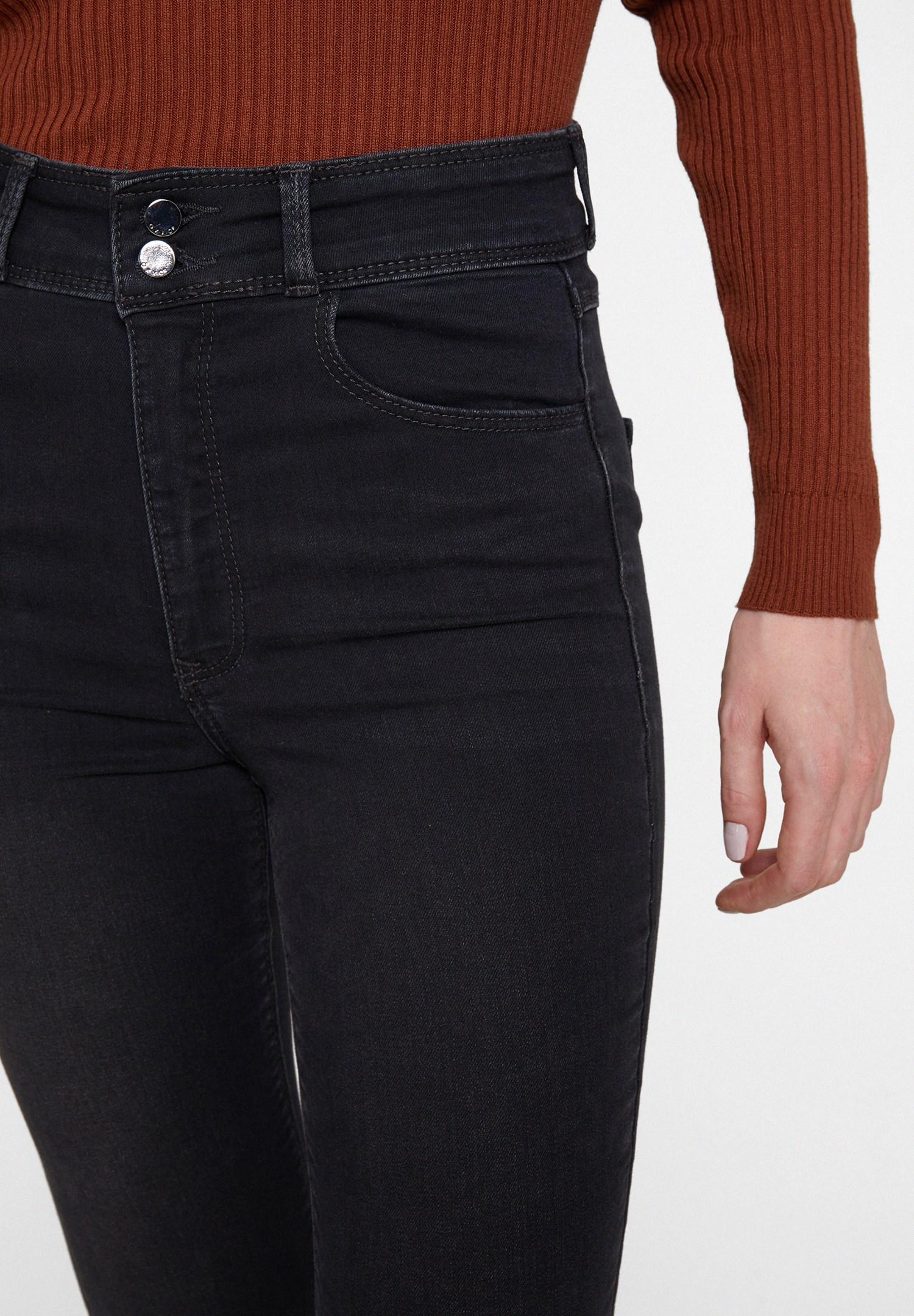 Bayan Gri Yüksek Bel Dar Paça Detaylı Çift Düğmeli Pantolon