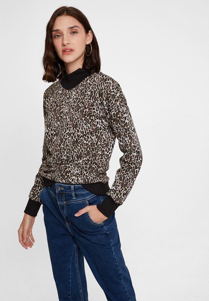 Mixed Leopard Pattern Sweatshirt