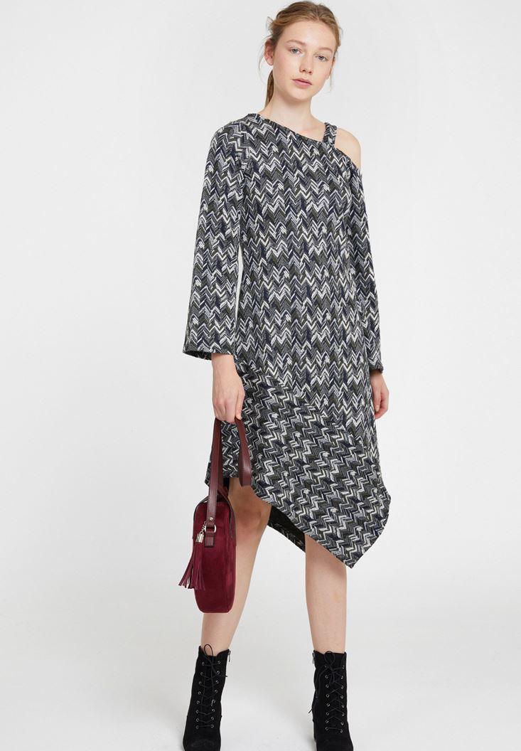 Omuz Detaylı Uzun Kollu Elbise