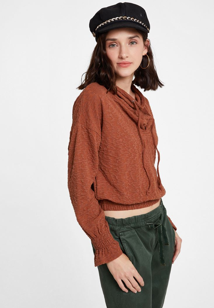 Beli Büzgü Detaylı Sweatshirt