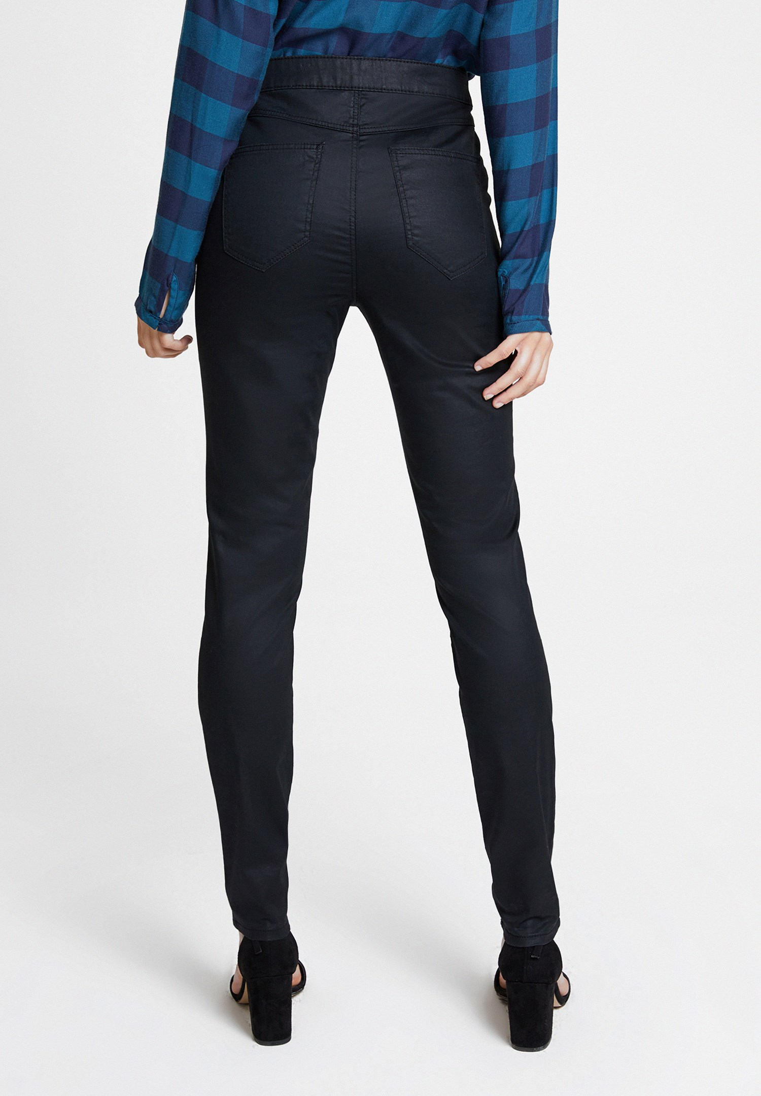 Women Black High Rise Trousers with Details