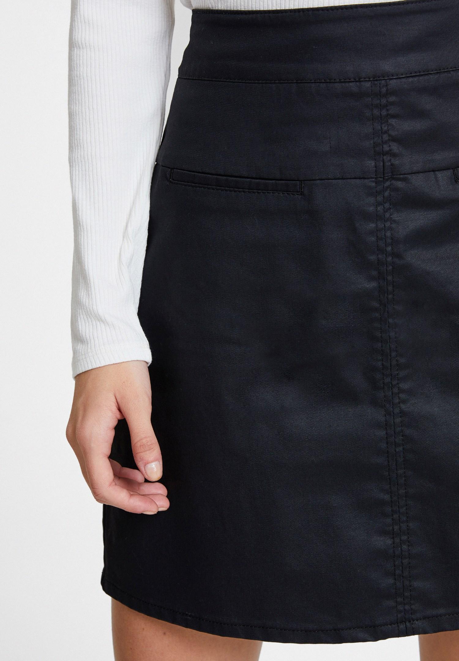 Women Black High Waist Skirt with Detail