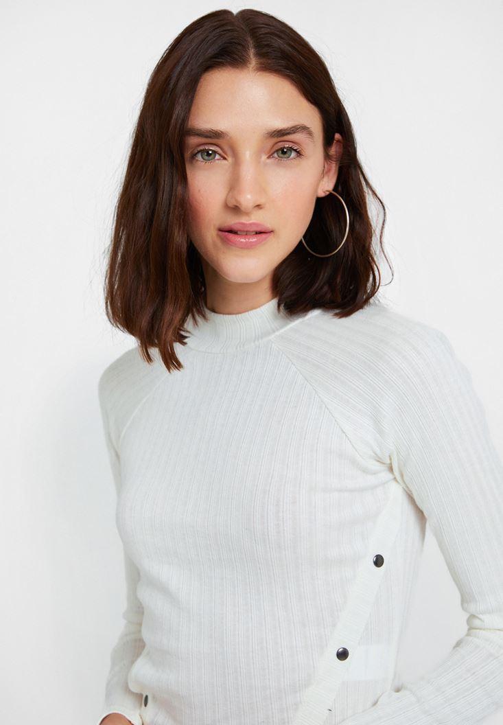 Krem Yaka Detaylı Uzun Kollu Bluz