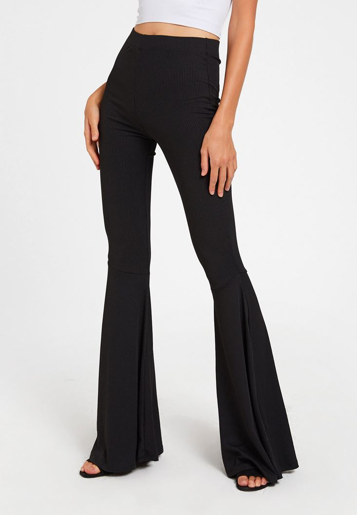 Siyah Yüksek Bel Paça Detaylı Pantolon
