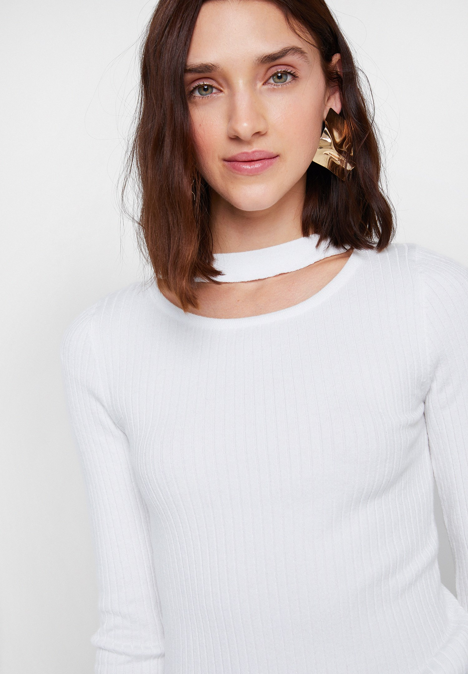 Women Cream Long Sleeve Knitwear with Cut-Out Detail