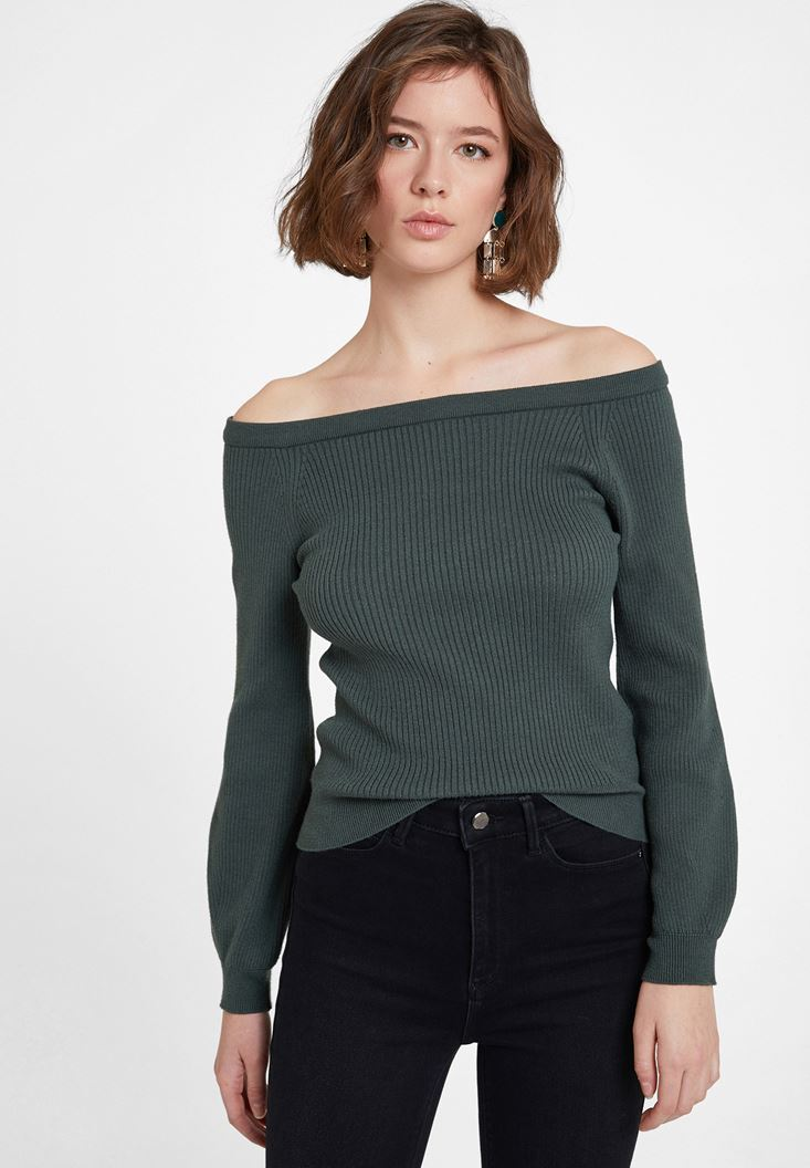 Green Long Sleeve Pullover with Neck