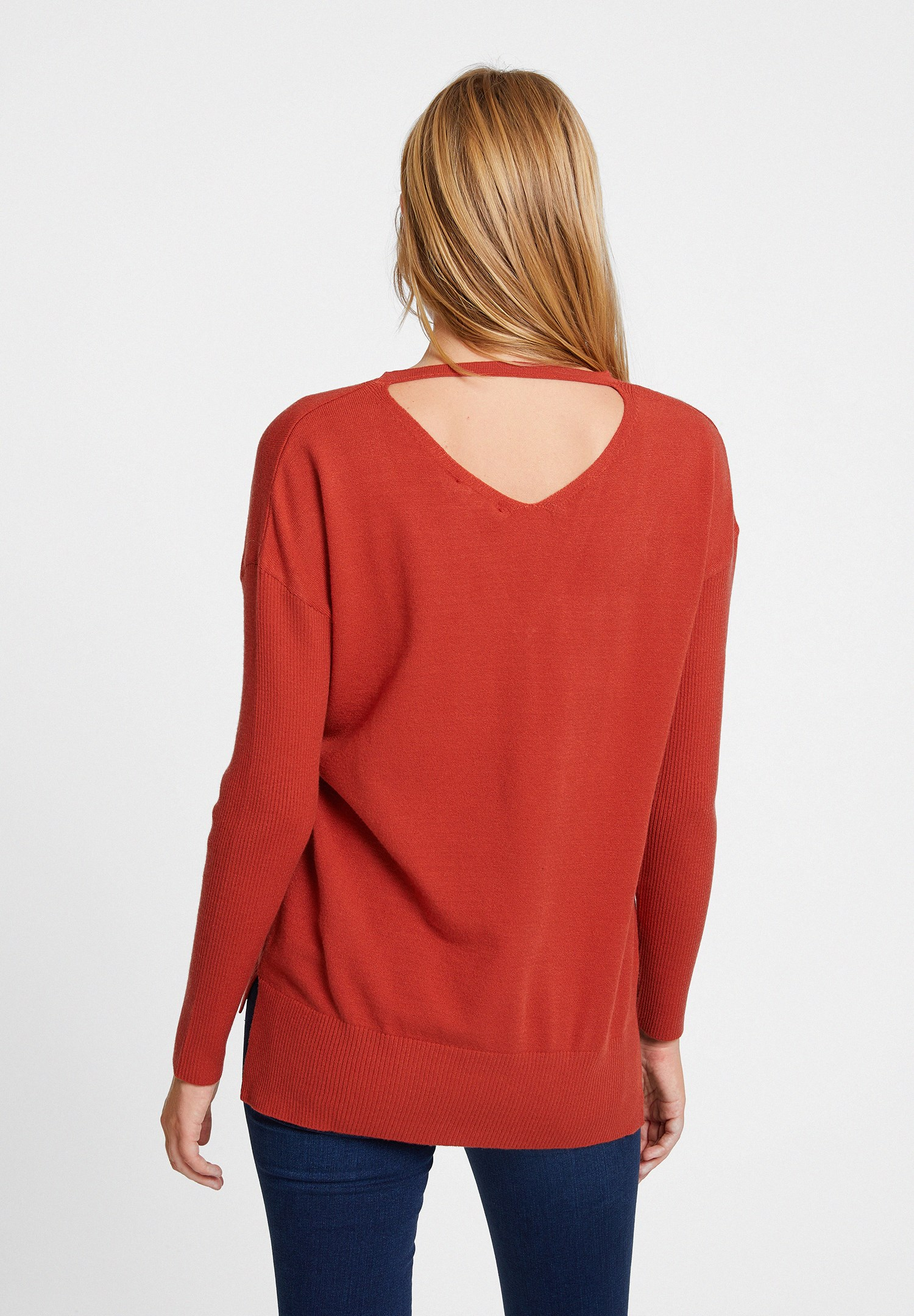 Women Red Knitwear with Neck Details