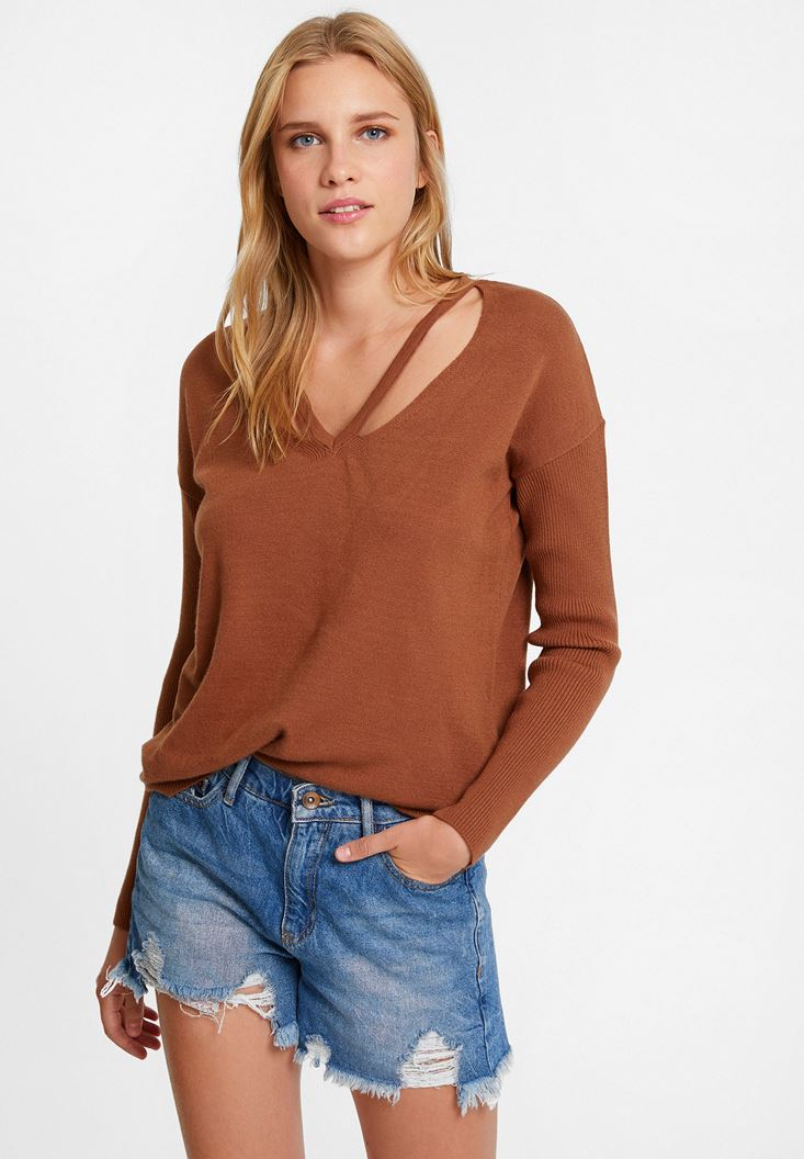 Brown Knitwear with Neck Details
