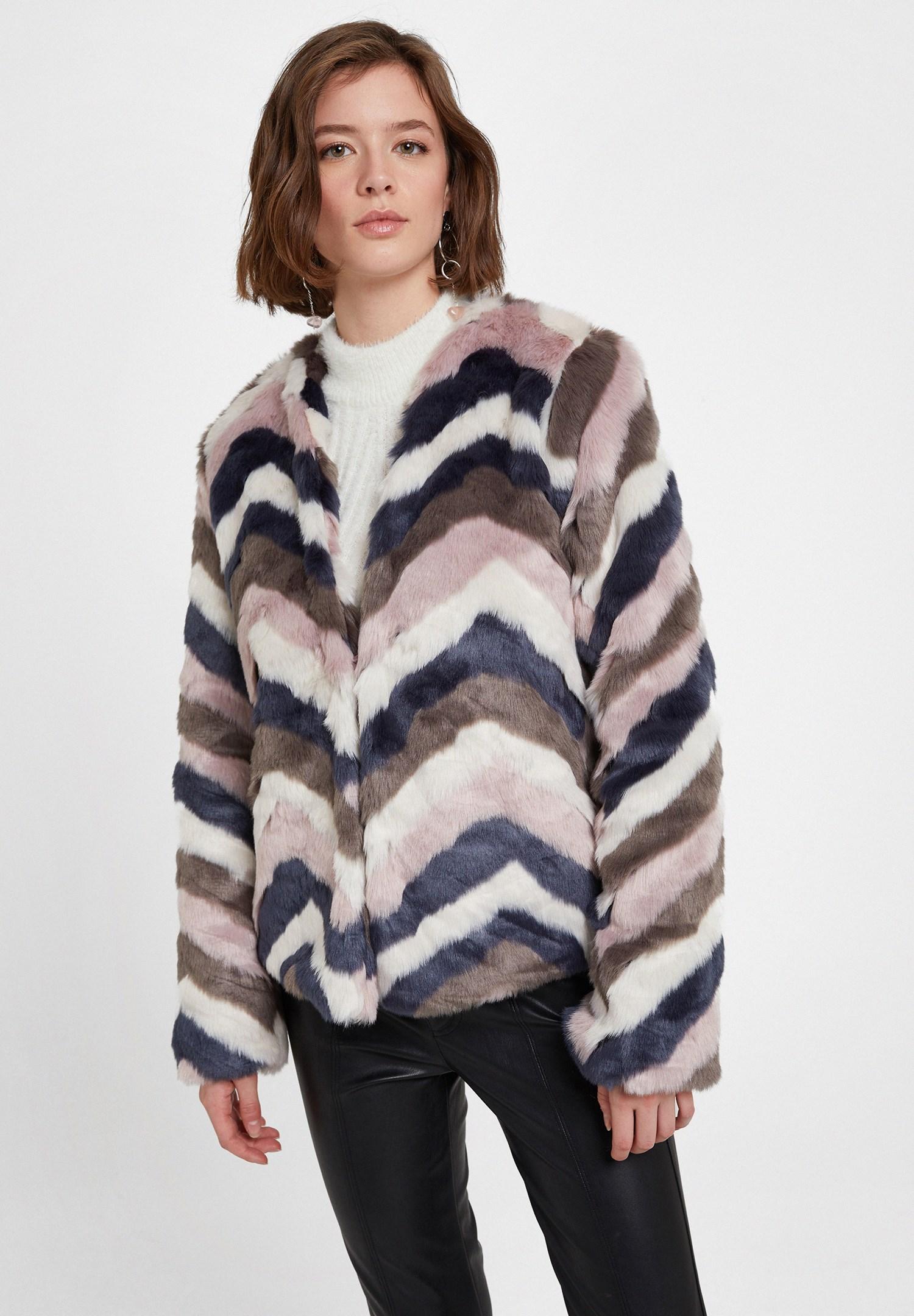 Women Mixed Faux Fur Jacket