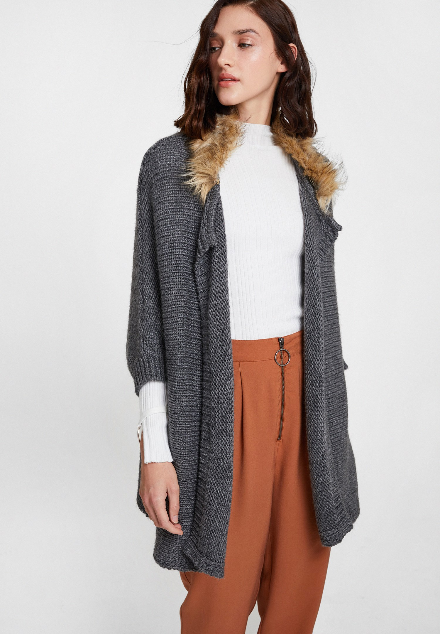 Women Grey Cardigan with Fur Detail