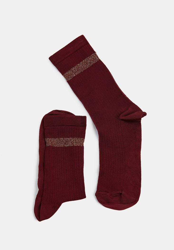 Bordo Parlak Şerit Detaylı Çorap