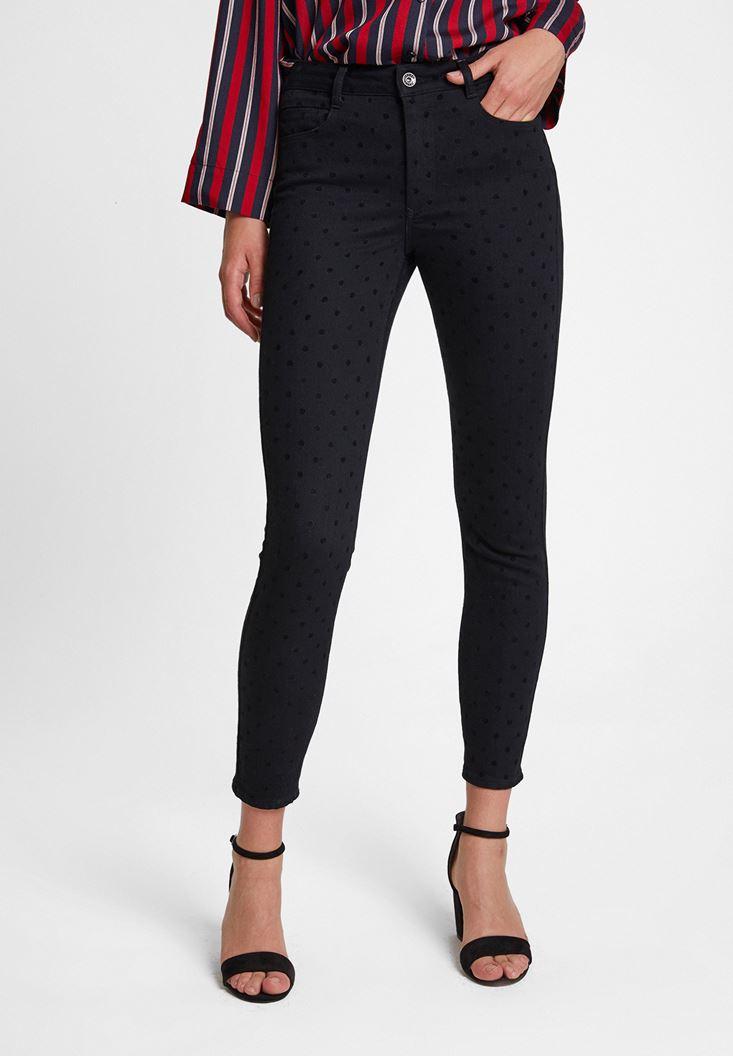 Siyah Puantiye Detaylı Pantolon
