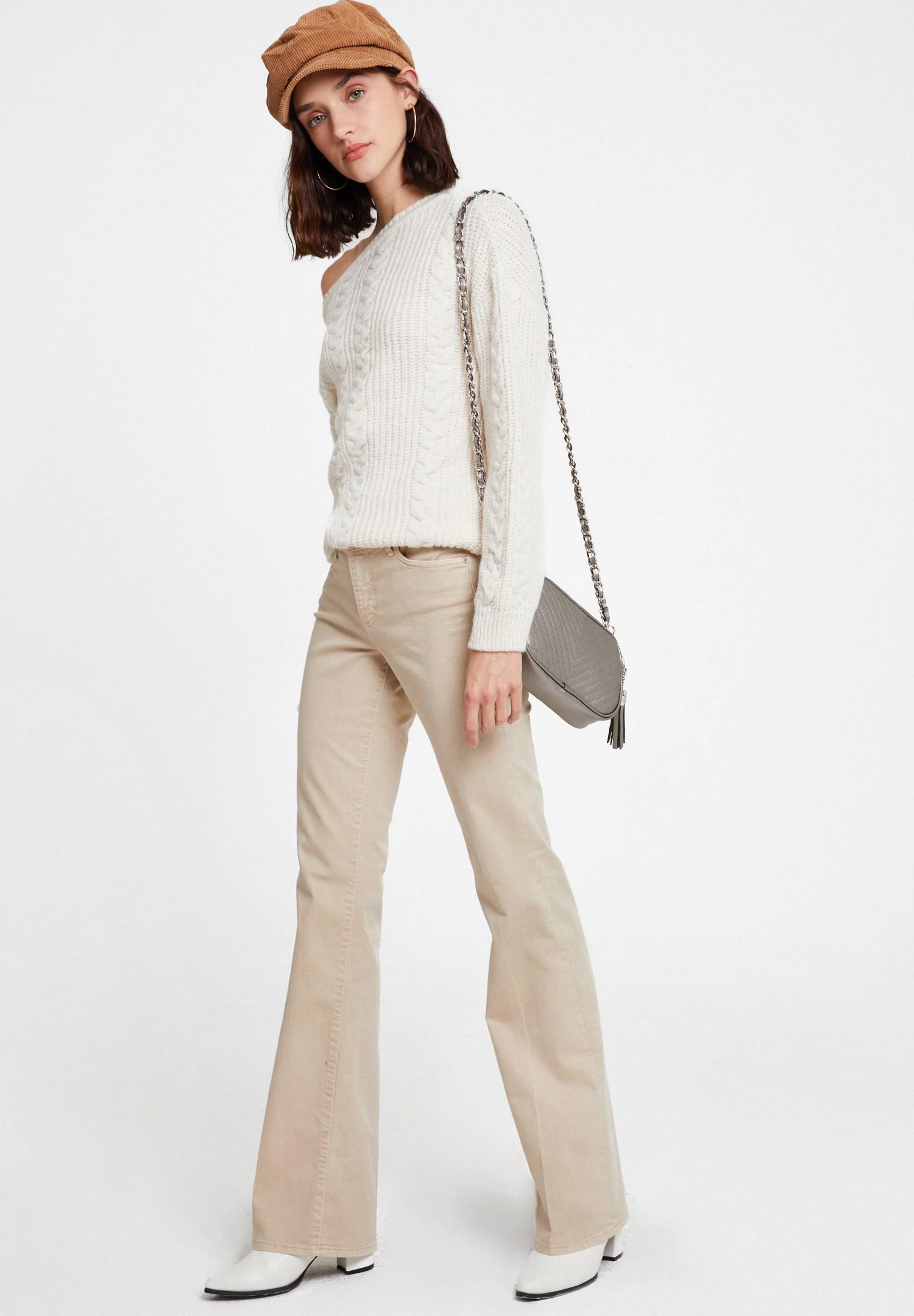 Women Grey Tasseled Shoulder Bag with Details