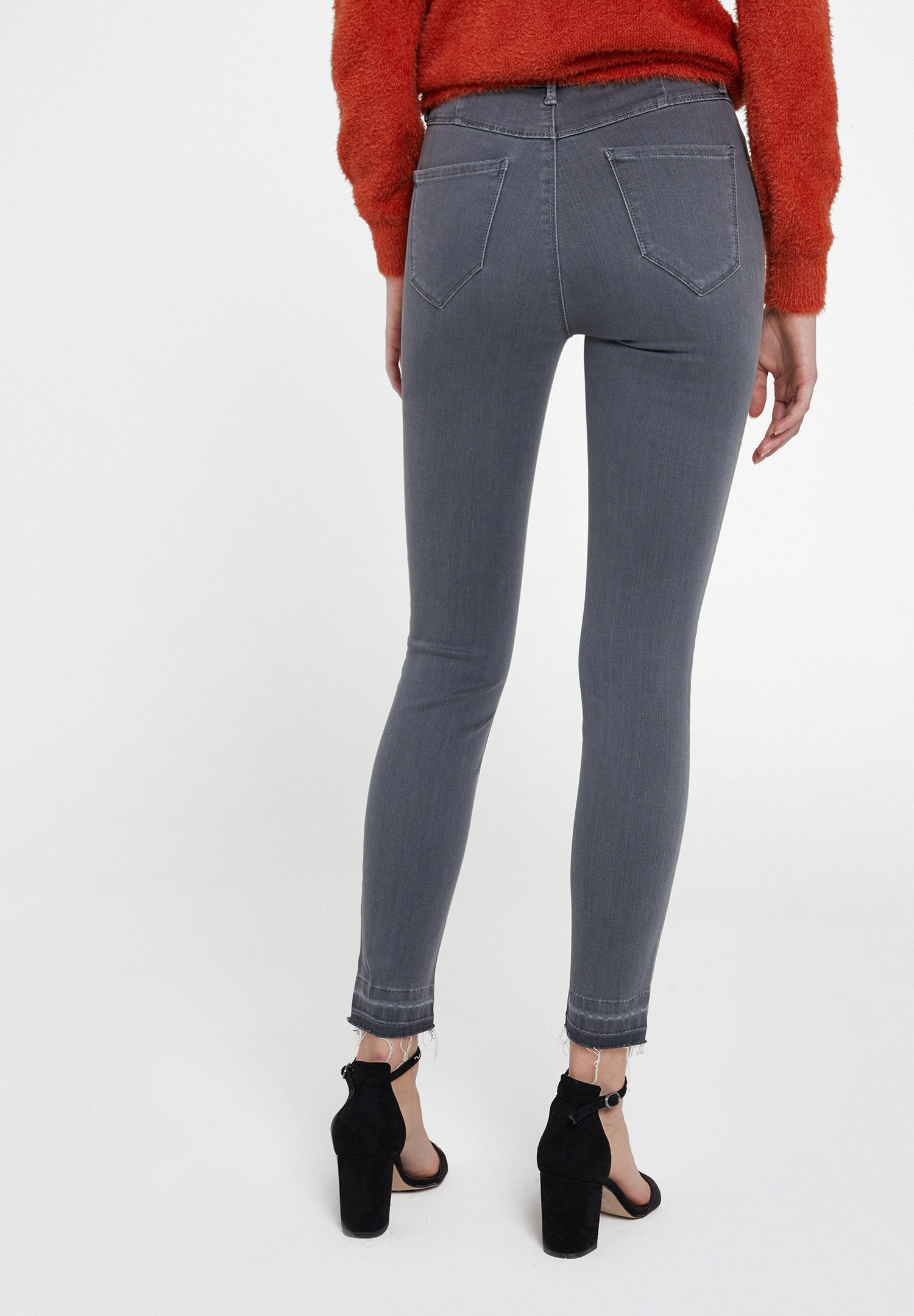 Women Grey High Rise Skinny Ankle Denim Pants
