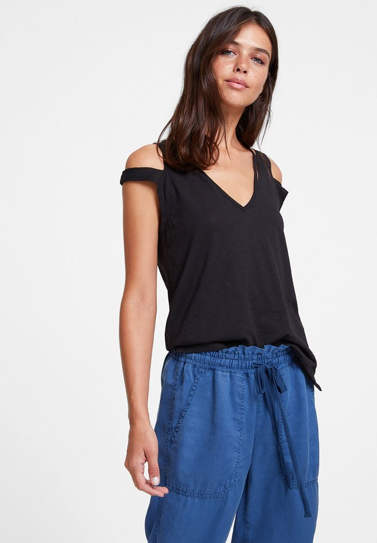 Black T-shirt with Cord Details