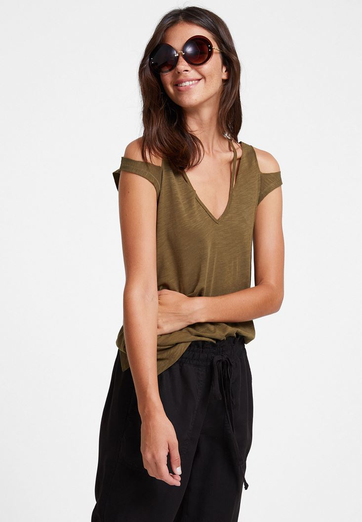 Green T-shirt with Cord Details