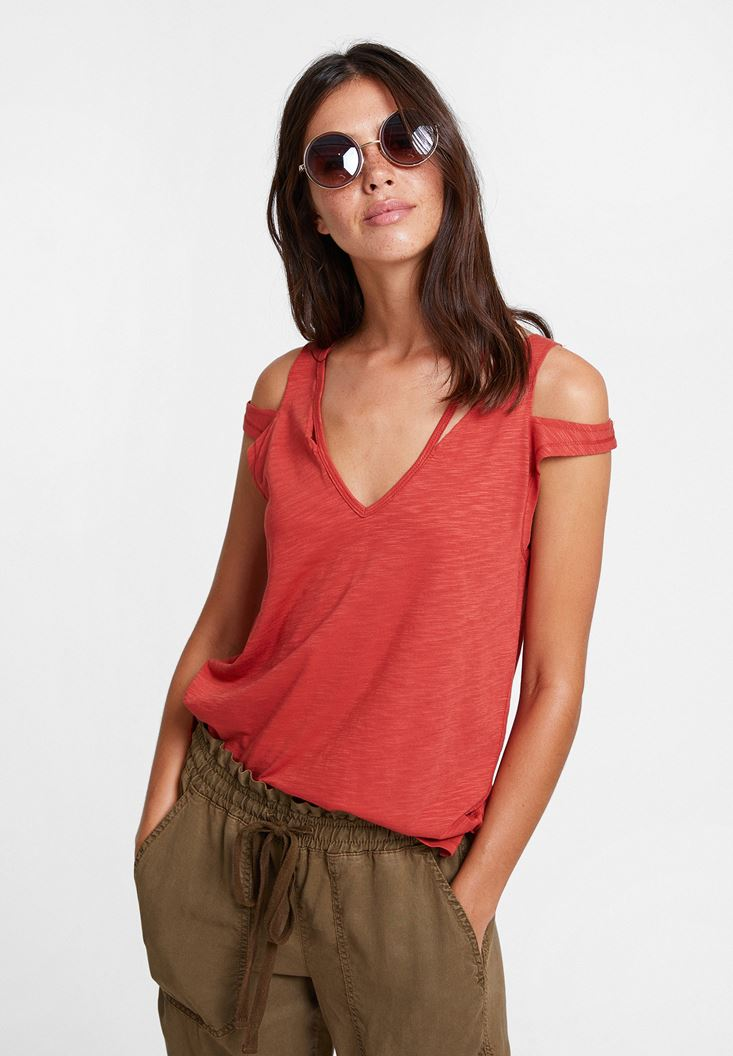 Red T-shirt with Cord Details