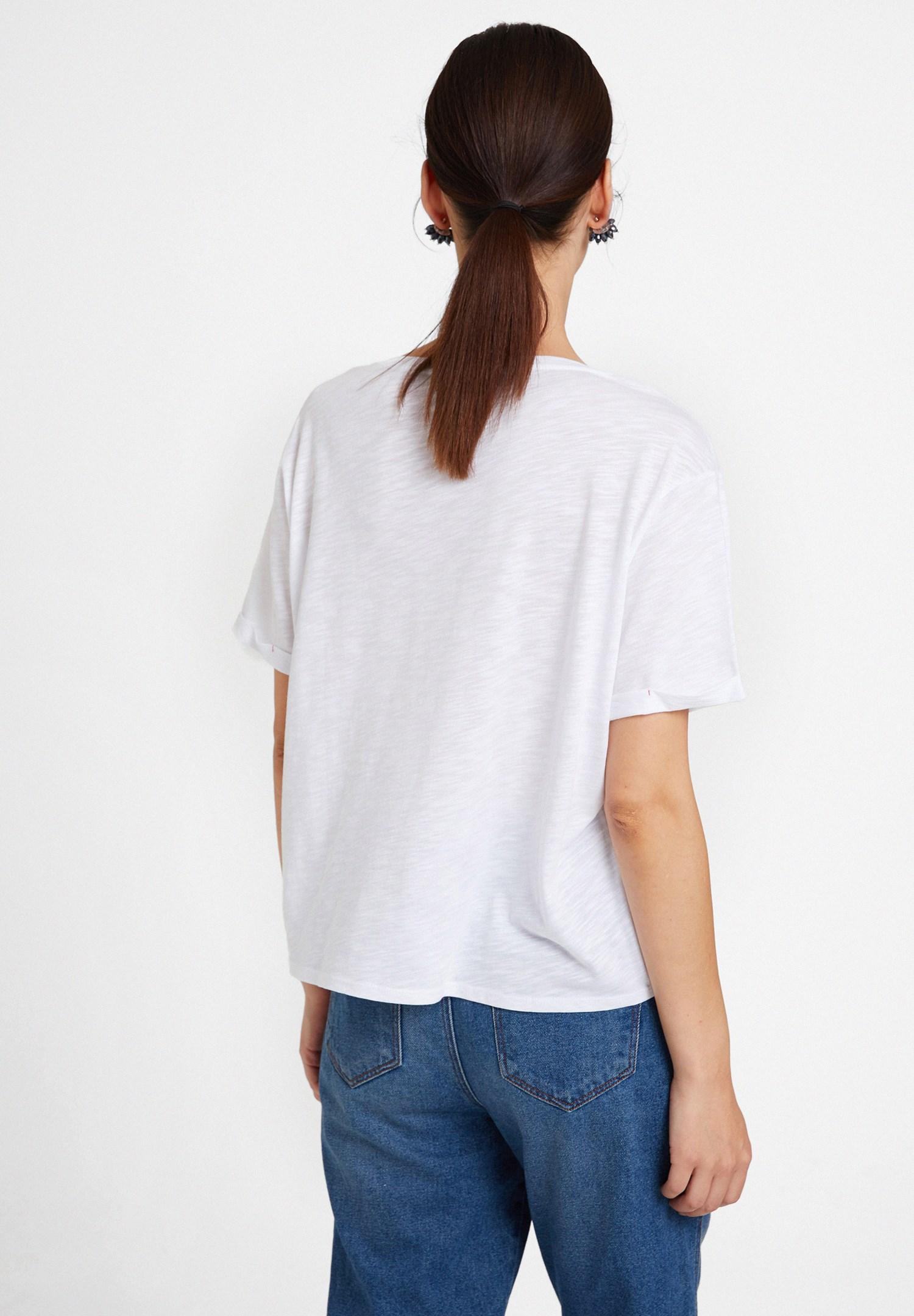 Bayan Beyaz U Yaka Basic Modal Karışımlı Tişört