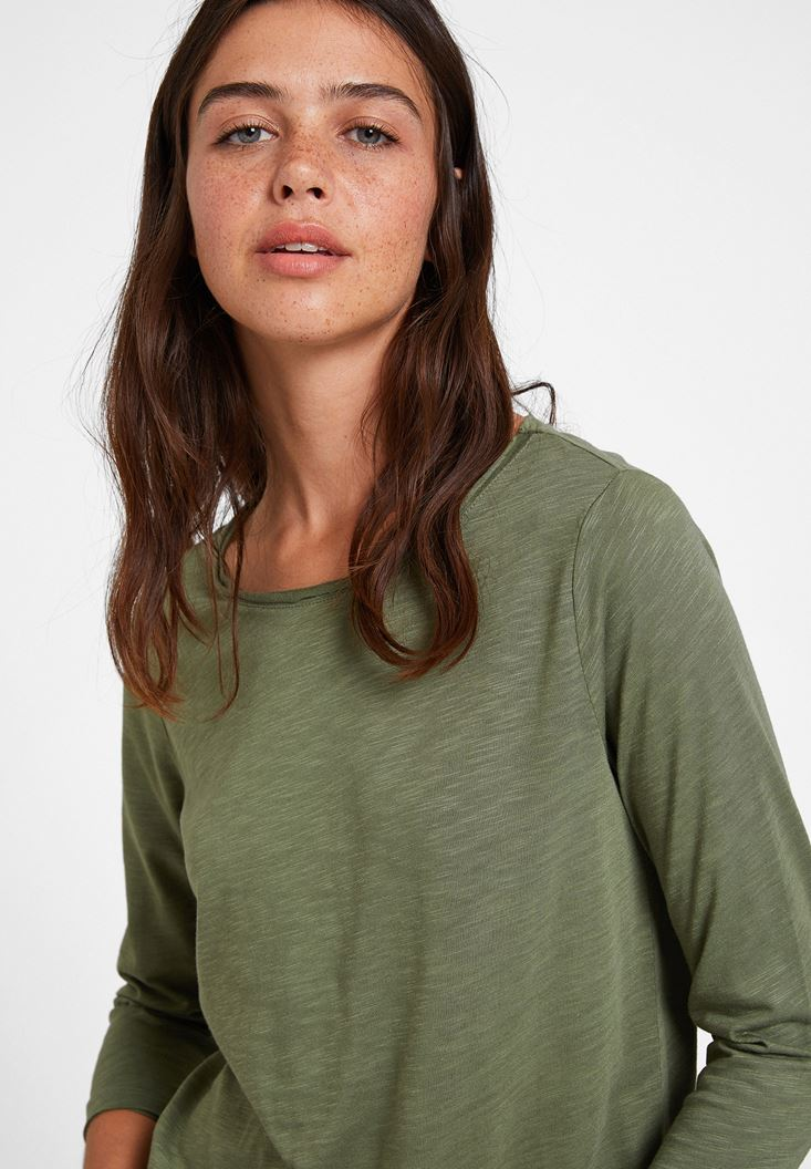 Green Long Sleeve T-shirt with Detail