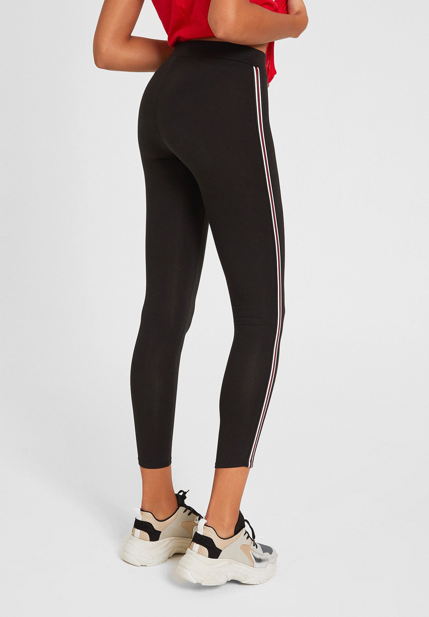 Women Black High Rise Legging with Side Detail