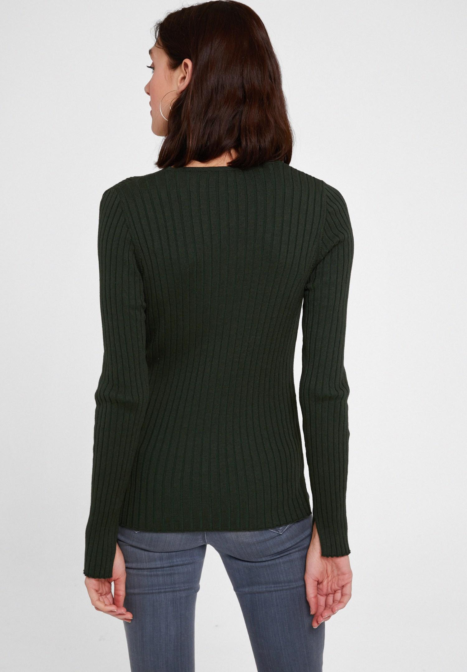 Bayan Yeşil Düğme Detaylı Uzun Kollu Hırka