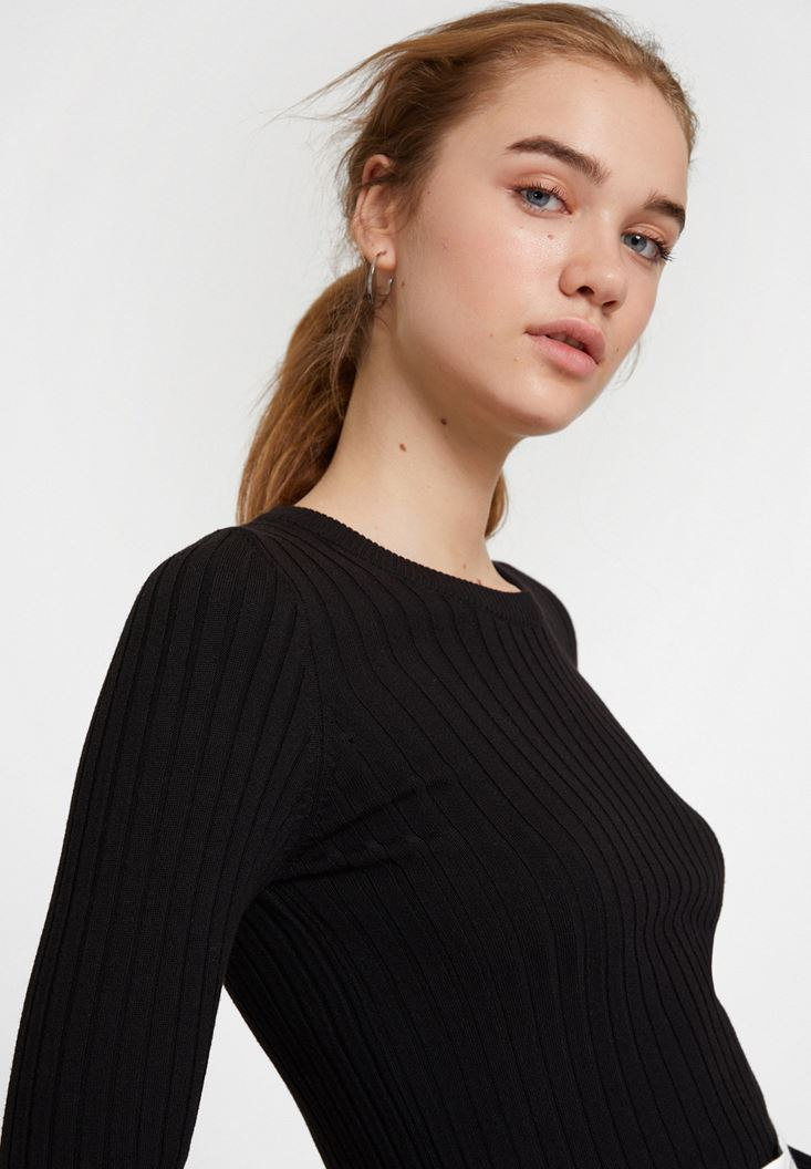 Black Long Sleeve Knitwear with Detail