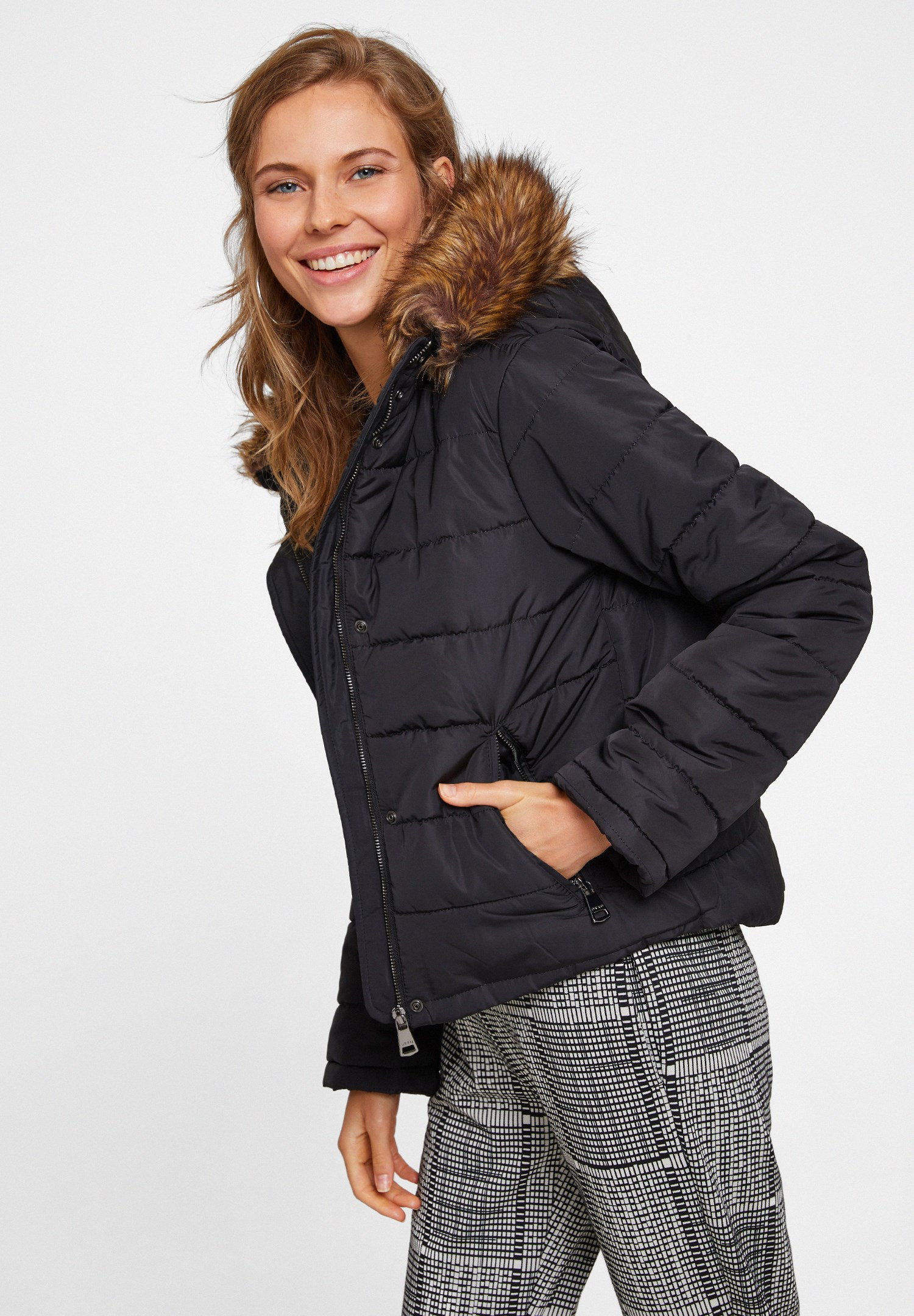 Women Black Hooded Down Puffer Jacket with Pocket