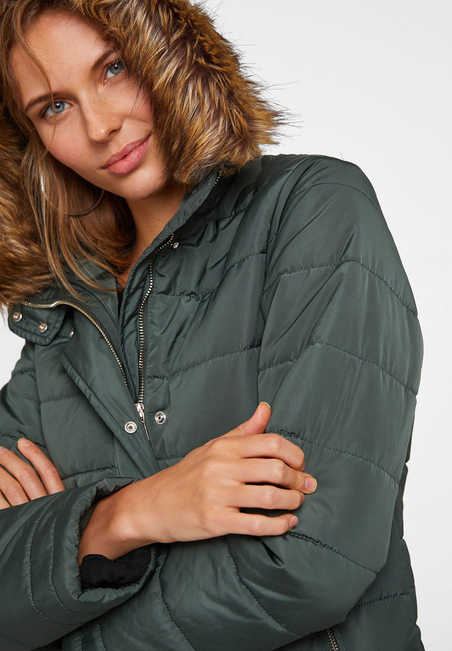 Women Green Hooded Down Puffer Jacket with Pocket