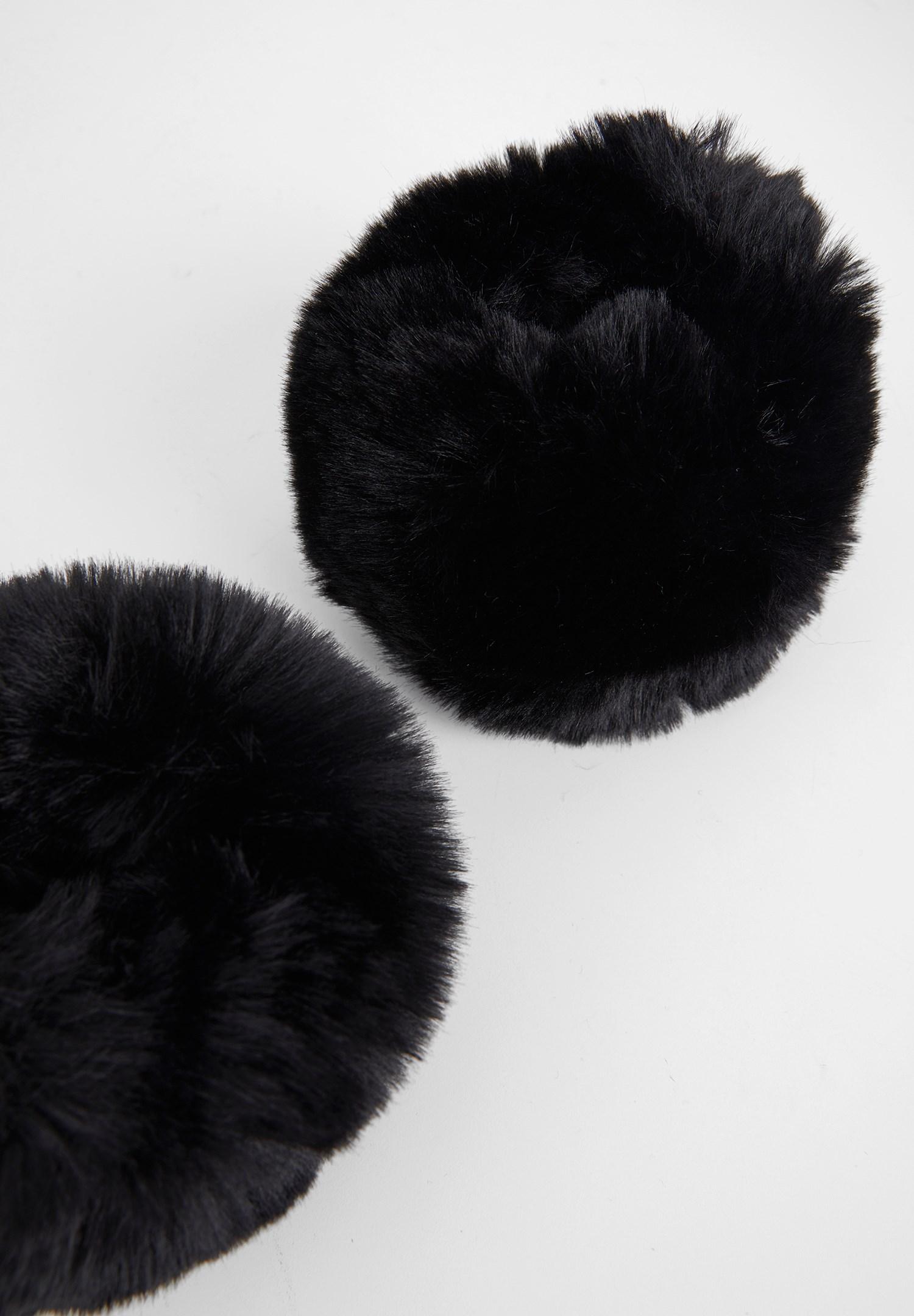 Bayan Siyah Kürk Detaylı Bileklik