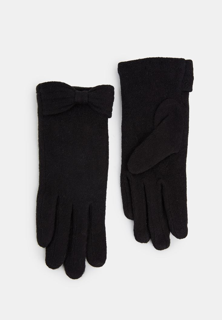 Black Glove with Detail