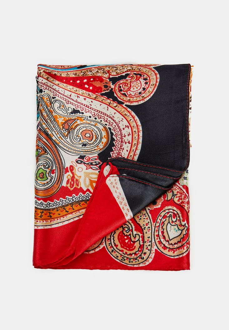 Mixed Ethnic Foulard with Pailey