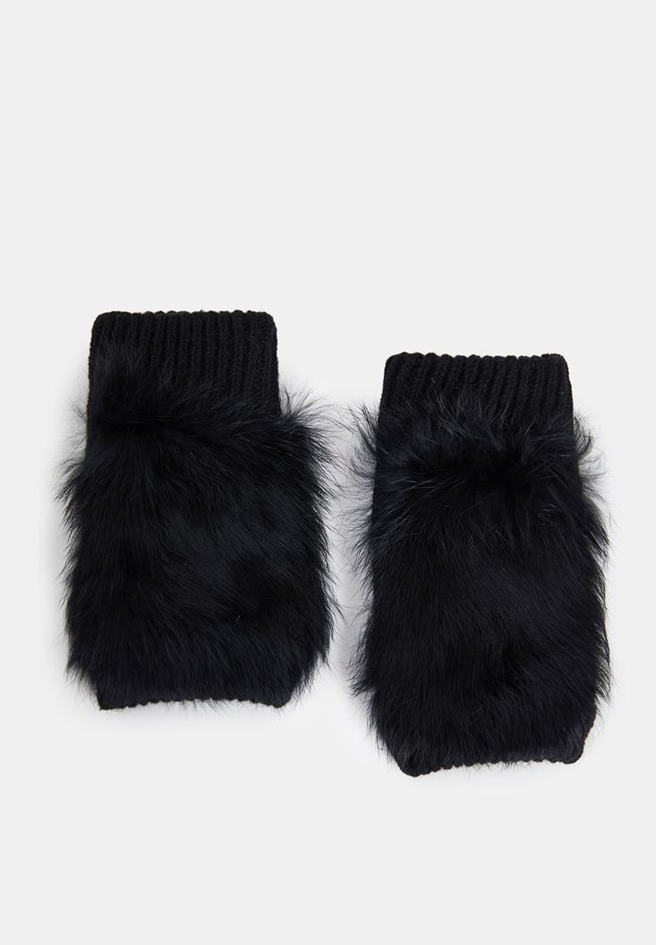 Black Textured Gloves with Detail