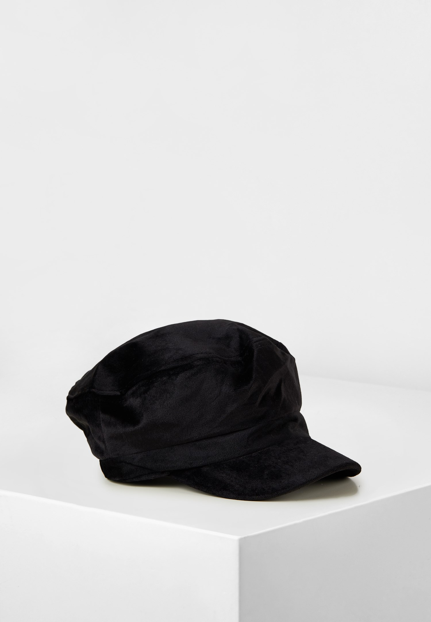Women Black Textured Hat