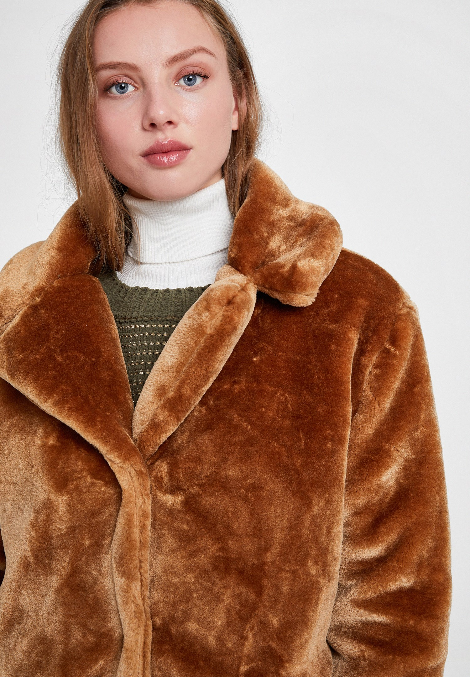 Women Brown Faux Fur Coat