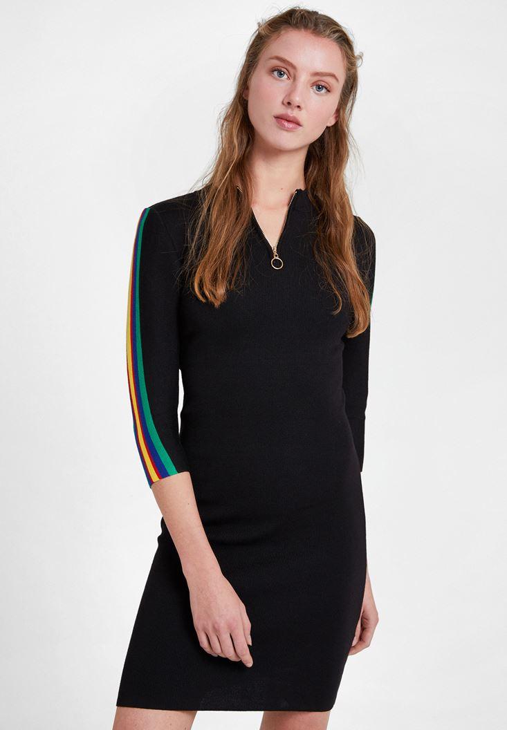 Siyah Kolları Çizgi Detaylı Elbise