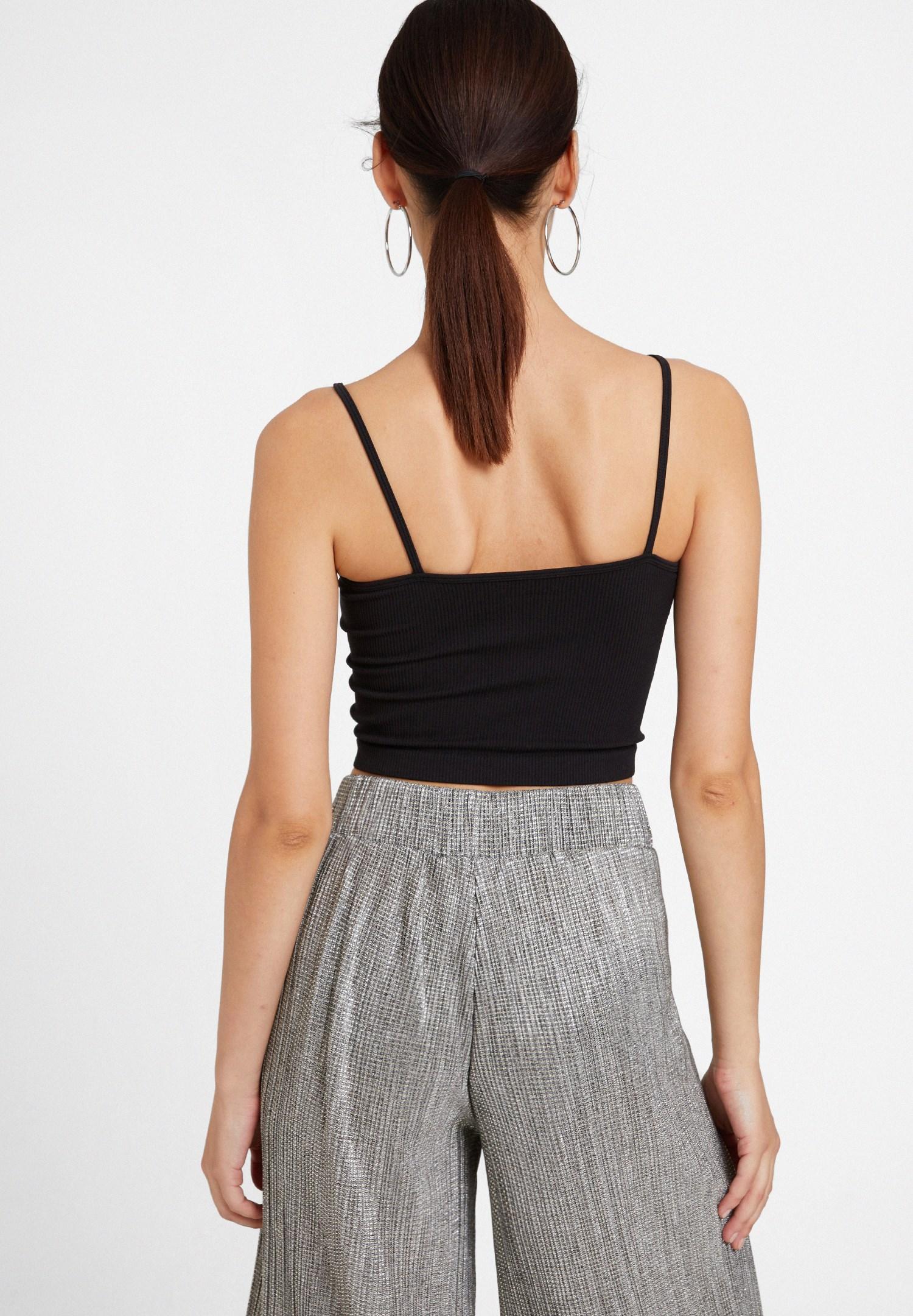 Bayan Siyah İnce Askılı Crop Bluz