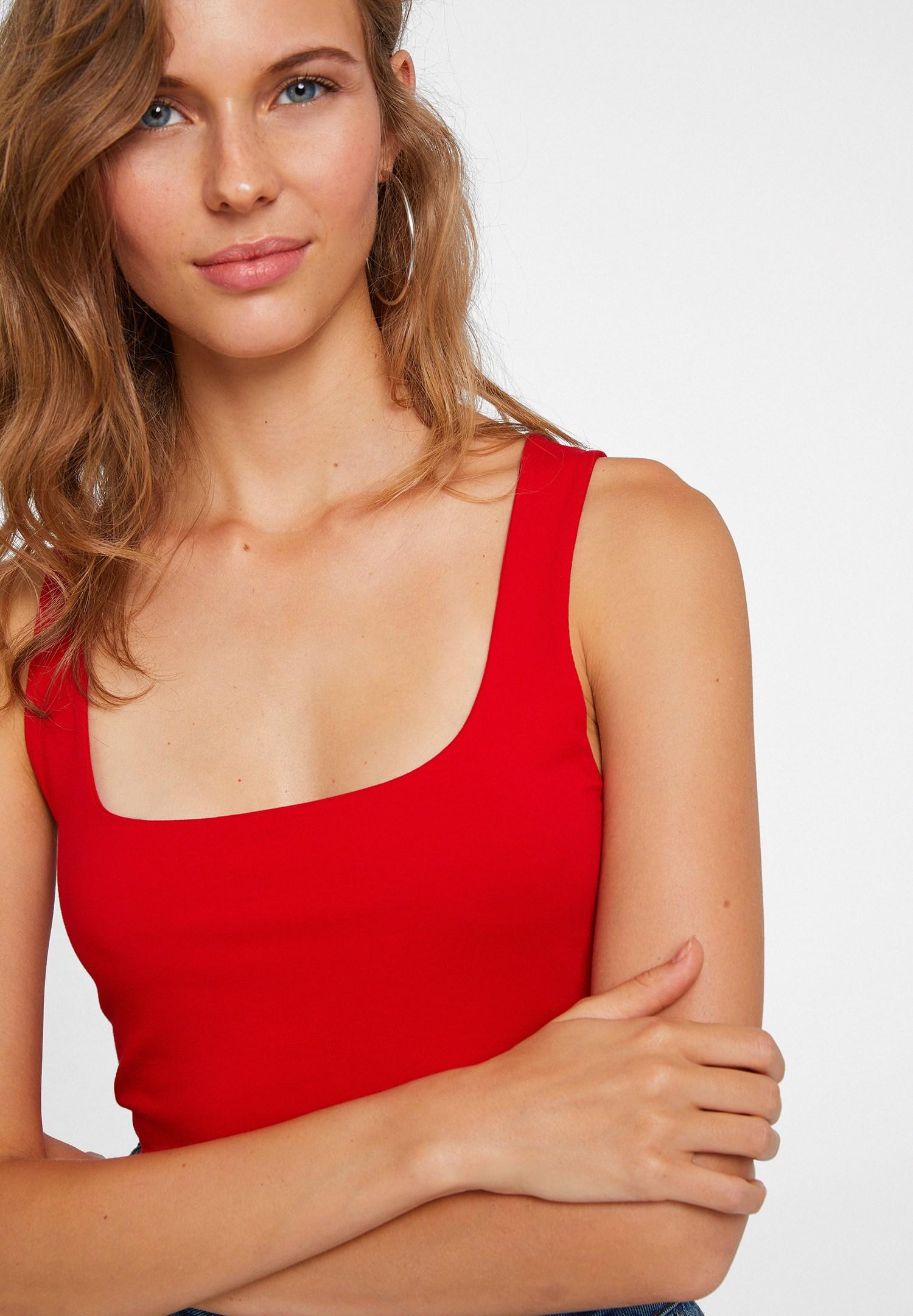 Women Red Sweetheart Neck Tank Top
